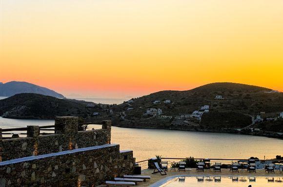 Ormos sunset