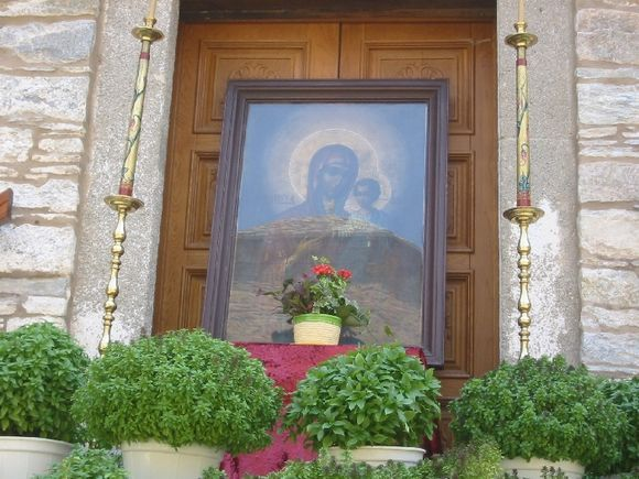 Evangelistria Monastery. The icon with the power to heal.